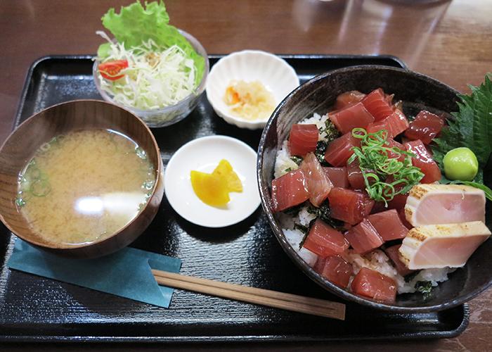 マグロヅケ丼