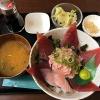 淡路島グルメの隠れた名店!海鮮丼で人気のトロ兄ィー食堂でランチ。マグロが美味い!