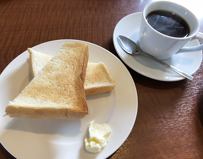 平野パンのコーヒー&トーストセット