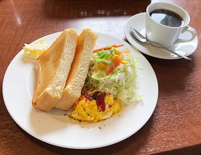 平野パンのモーニングセット