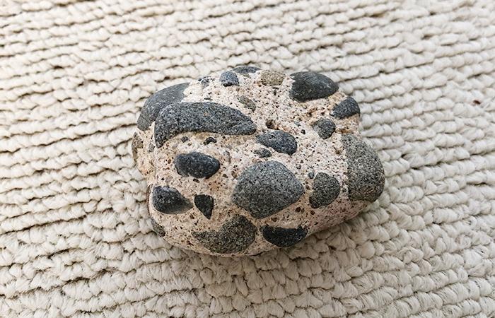 大浜海岸の石