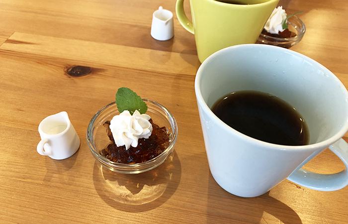 アミアミの珈琲とデザート