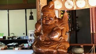 日本最大級の木彫りの恵比寿様