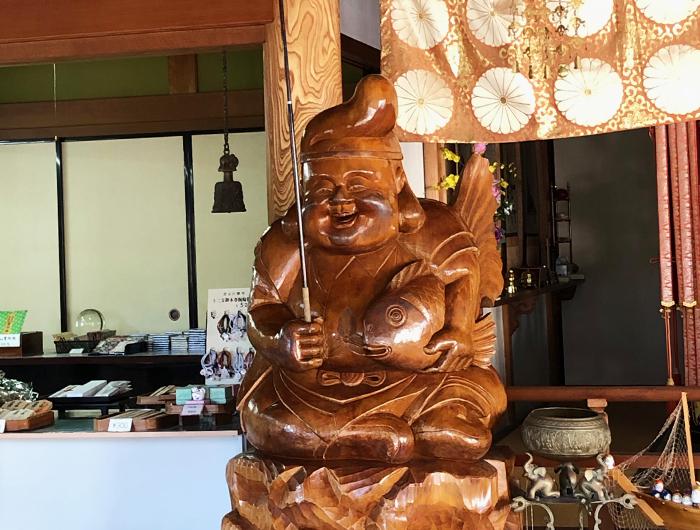 日本最大級の木彫りの恵美酒太神