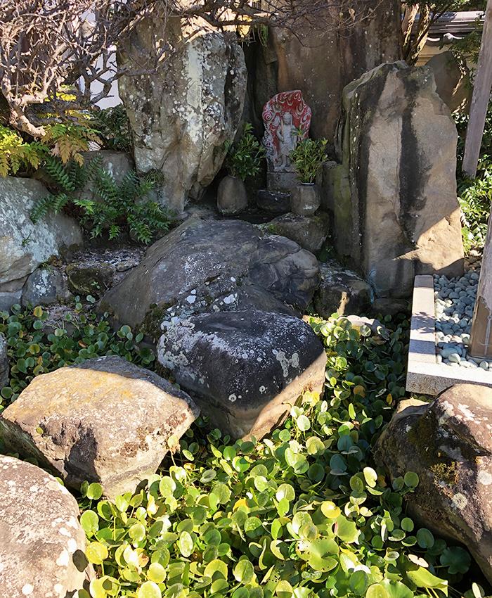 万福寺の境内