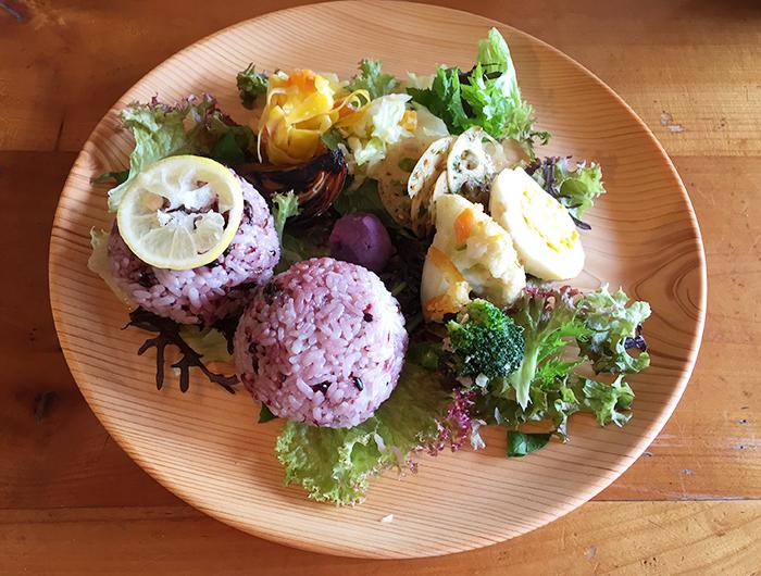 ノマドカフェ おにぎりとお野菜の定食