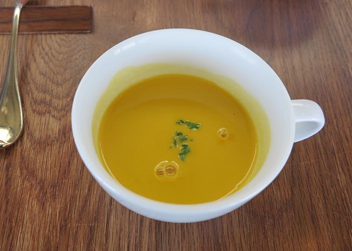 ダンメンのかぼちゃの冷静スープ