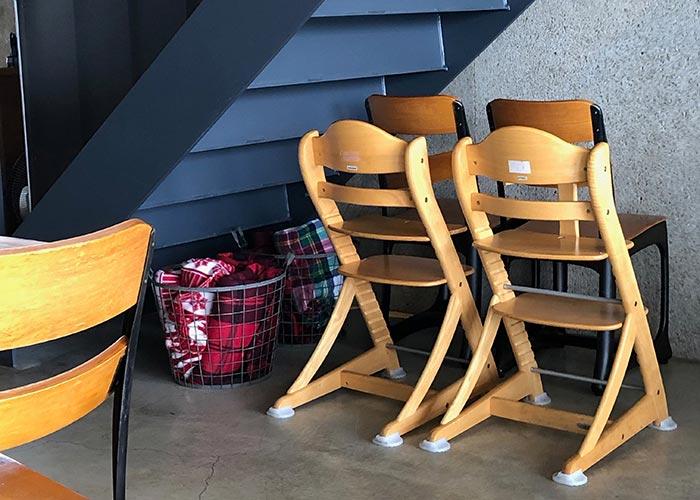 ダンメンの子供椅子