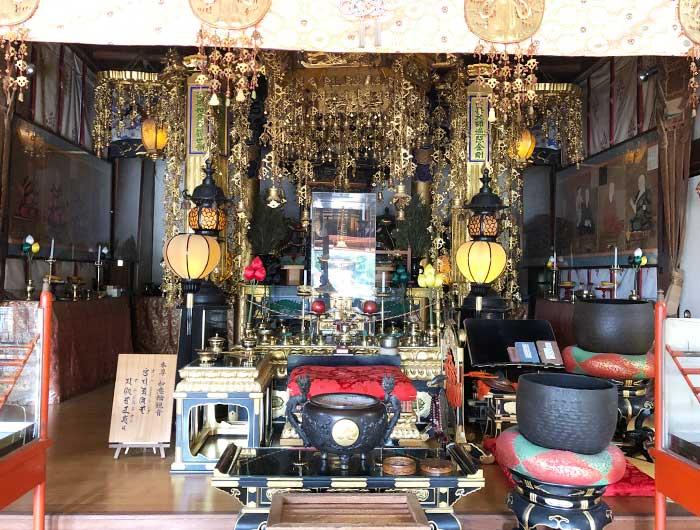 覚住寺の本堂