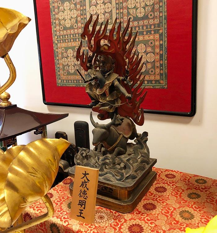 智禅寺の仏像