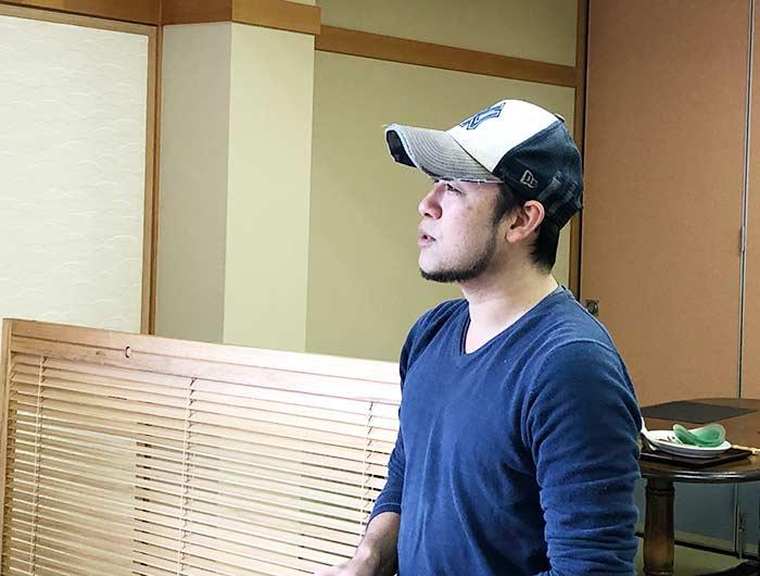 淡波家(あわなみや)の店主・上田さん