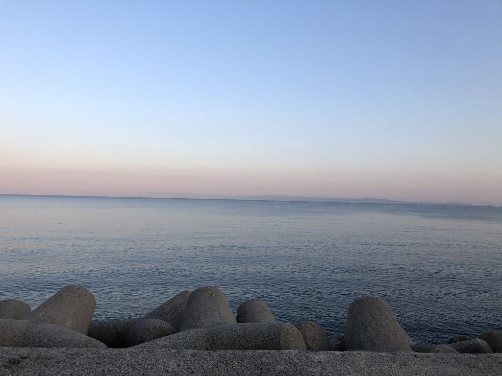 淡路島 おのころ裏のテトラ帯