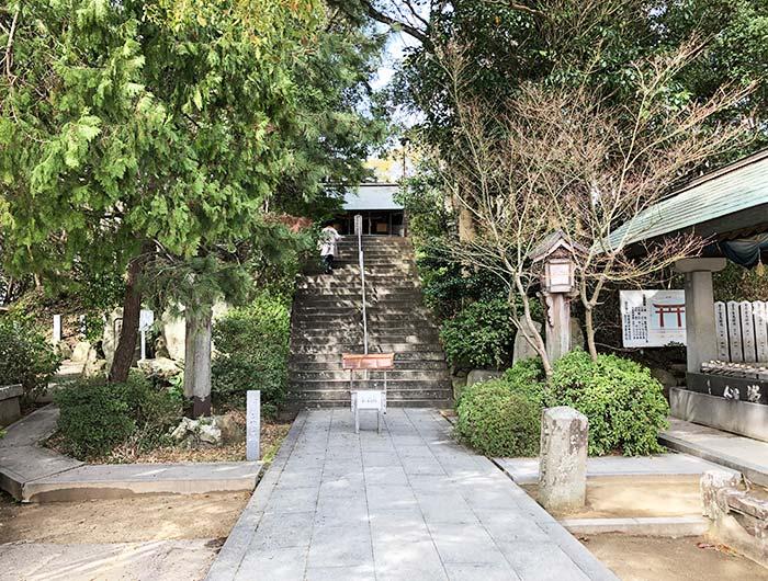 おのころ島神社の境内の様子