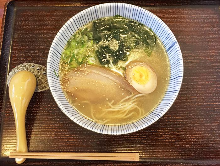 淡波家 淡路鶏塩ラーメン