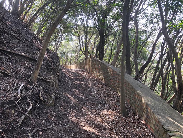 淡路島 生石山堡塁跡の塹壕