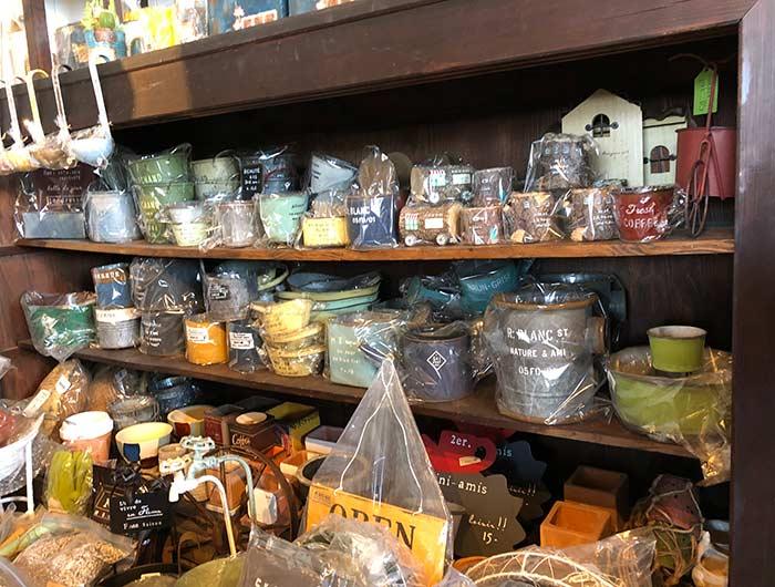 KUSAKA HOUSEで販売されている雑貨