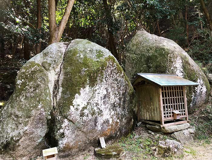 伊勢の森神社 夫婦岩