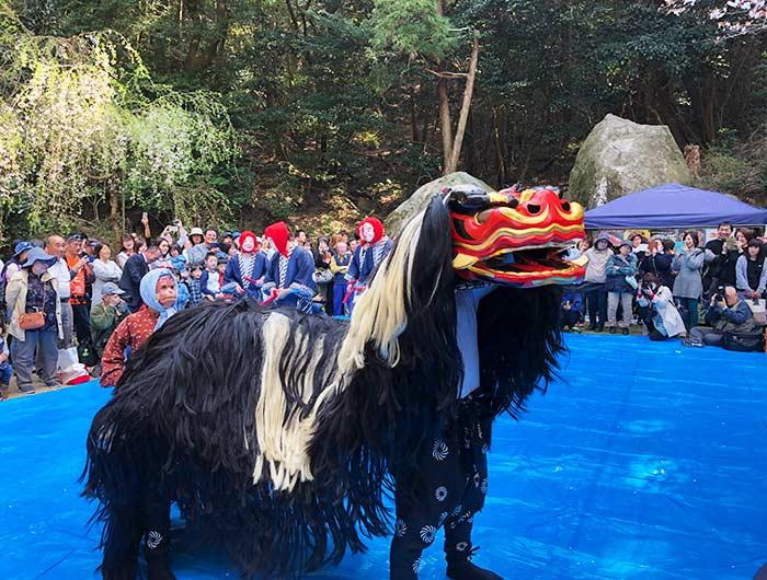伊勢の森神社 獅子舞