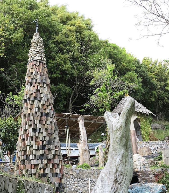 アート山大石可久也美術館 美の女神の塔