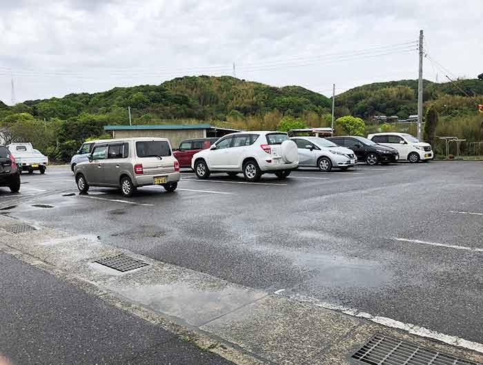 Awabi ware(あわびウェア)駐車場