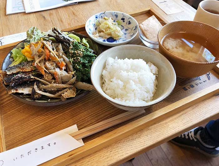 菜と根(kitone)まんぷく島の昼ごはん