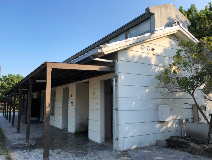 炬口海水浴場の管理施設