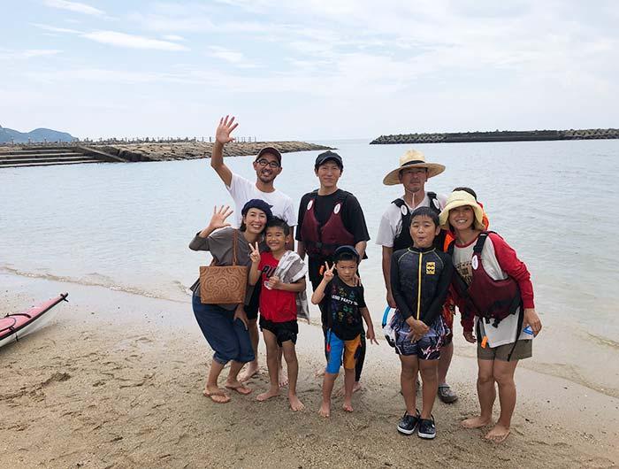 淡路島のカヤック教室で集合写真