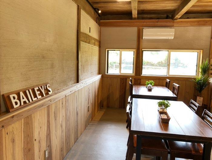 BAILEY'S(ベイリーズ)pizzeria & cafeの店内の様子