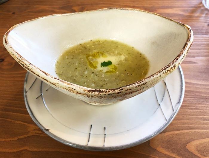 ブロッコリーとキヌアのスープ