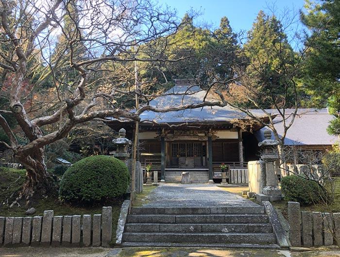 常隆寺の本堂