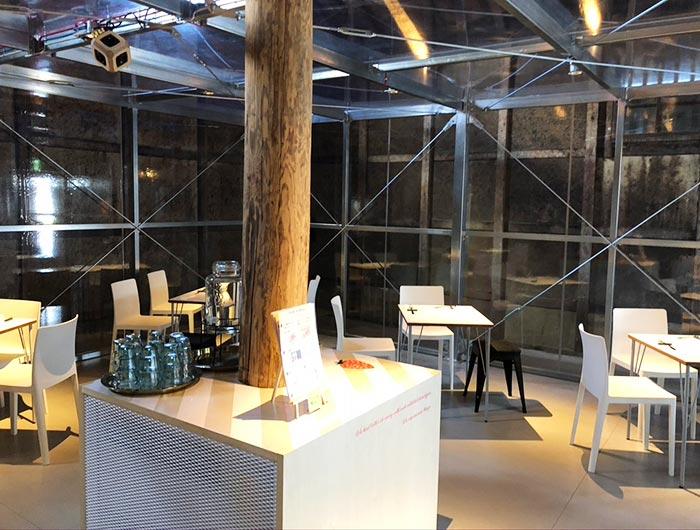 グリナリウム・グレイナリーのカフェスペース