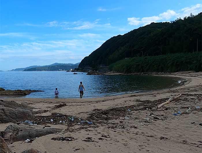 厚浜のビーチ