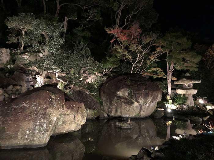 旧益習館庭園(きゅうえきしゅうかんていえん)秋のライトアップ
