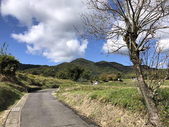 先山へのハイキング