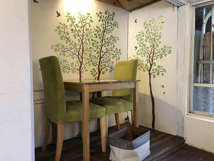 ふくカフェのテーブル席