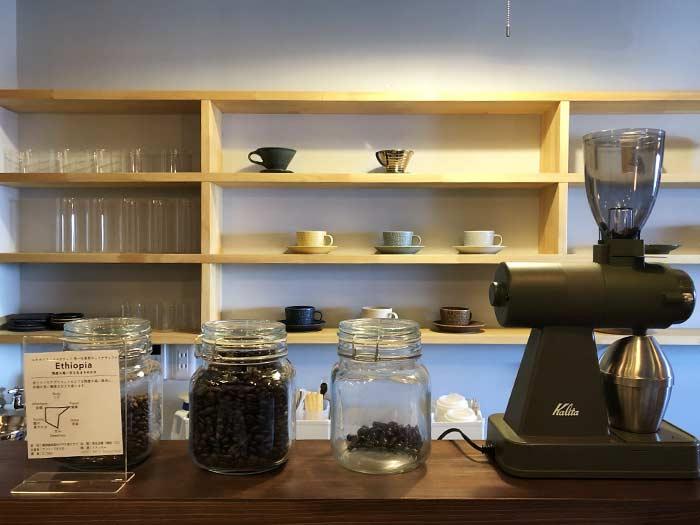 IWAYA COFFEE(岩屋珈琲店)のカウンター