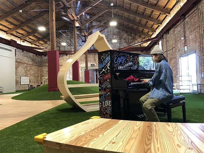島のピアノ