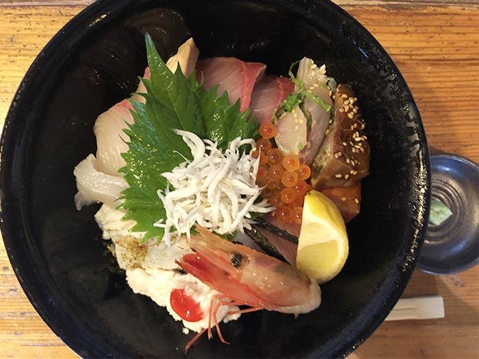 濱の海鮮丼