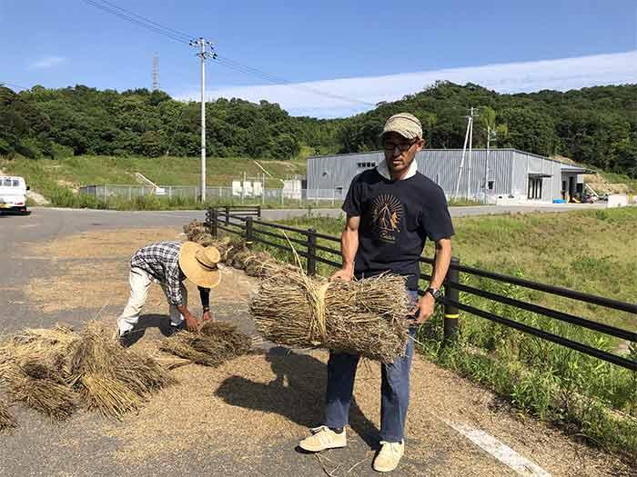 藁の塊完成