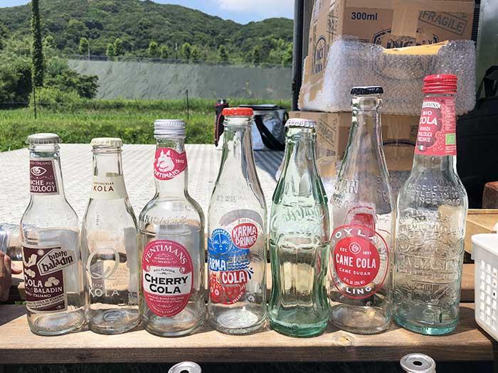 世界のコーラの瓶