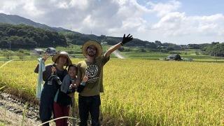 家族で田んぼ作業